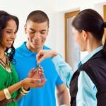 <!--:en-->New Study: Homeownership Creates Family Wealth<!--:--><!--:es-->Nuevo estudio: Ser propietario de casa produce patrimonio familiar<!--:-->