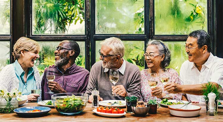 7 Factors to Consider When Choosing A Retirement Home | Simplifying The Market