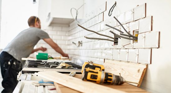 Should You Fix Your House Up or Sell Now?3 min read